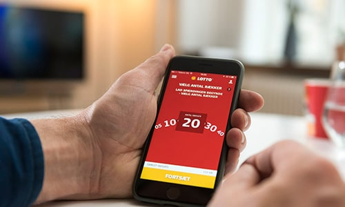 Lotto kan nu også spilles på mobilen. Her via en app til iPhone